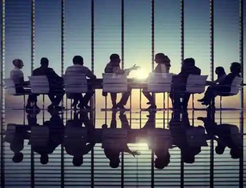 Întâlnire cu analiști, investitori si mass-media